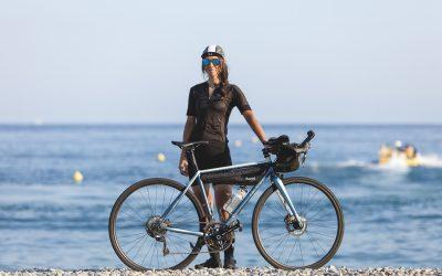 Le vélo de course longue distance de Fanny